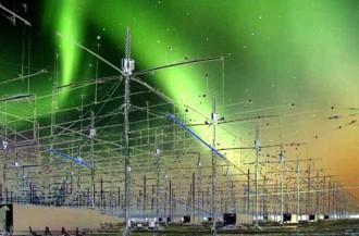 Conjunto de antenas do projeto HAARP, no Alasca.
