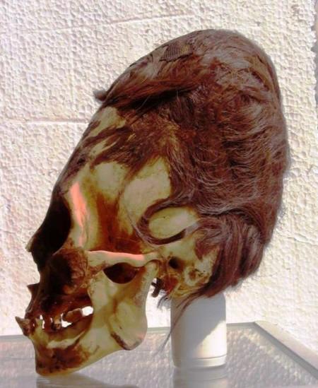 Crânio alongado encontrado em Paracas.