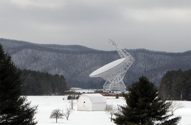 Rádio Telescópio Green Bank, EUA.