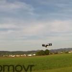 É um OVNI? É um avião? É o Super-Homem?  Não, é somente um quadricóptero… extremamente rápido e ágil!