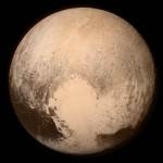 Plutão pode abrigar a vida alienígena, diz cientista