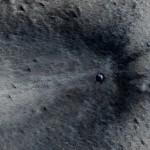 Teria uma sonda da NASA fotografado um OVNI / UFO acidentado em Marte?