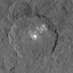 NASA finalmente libera imagem mais próxima das manchas brilhantes em Ceres