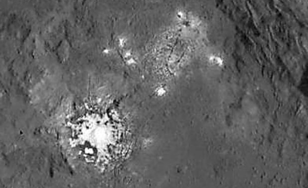 estruturas alienígenas em Ceres