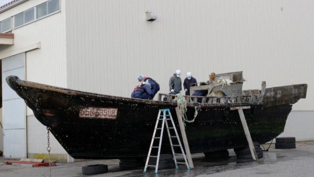 Barco fantasma que foi parar na costa do Japão