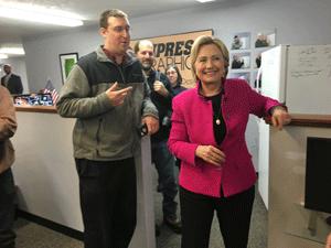 Daymond Steers e Hillary Clinton