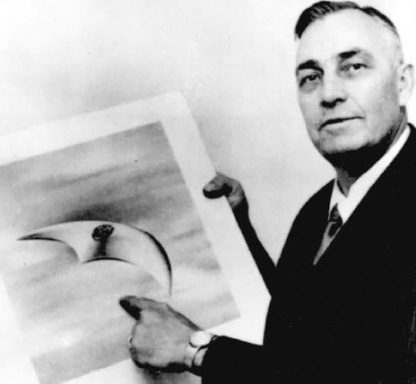 Kenneth Arnold e desenho de objeto voador não identificado