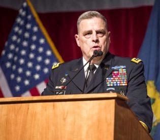 General do Exército dos EUA alerta quanto a existência de 'exércitos de híbridos' e 'homenzinhos verdes'