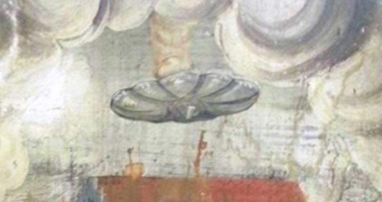 disco voador em igreja romena