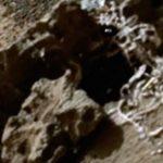 Teria sido encontrado (outro) esqueleto humanoide na superfície de Marte?