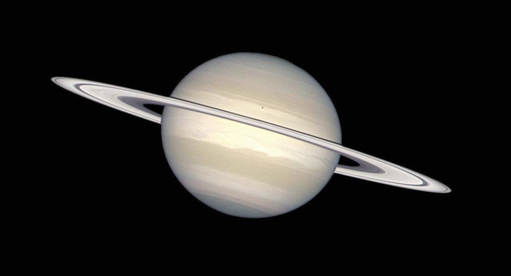 Saturno-e-seus-anéis