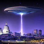 Documento que 'vazou' recomenda invasão extraterrestre de bandeira falsa para salvar campanha de Clinton