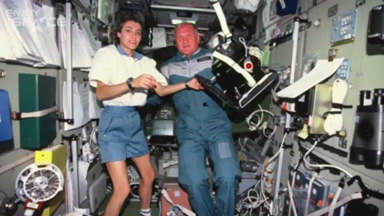 Claudie na ISS.