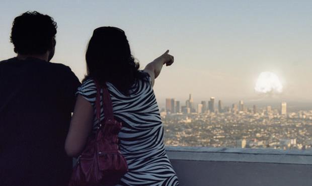 Los Angeles se prepara para um ataque nuclear