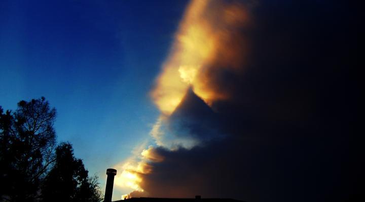 formação triangular é fotografada no céu