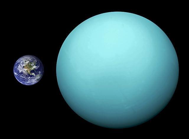 Urano foi atingido por um enorme planeta